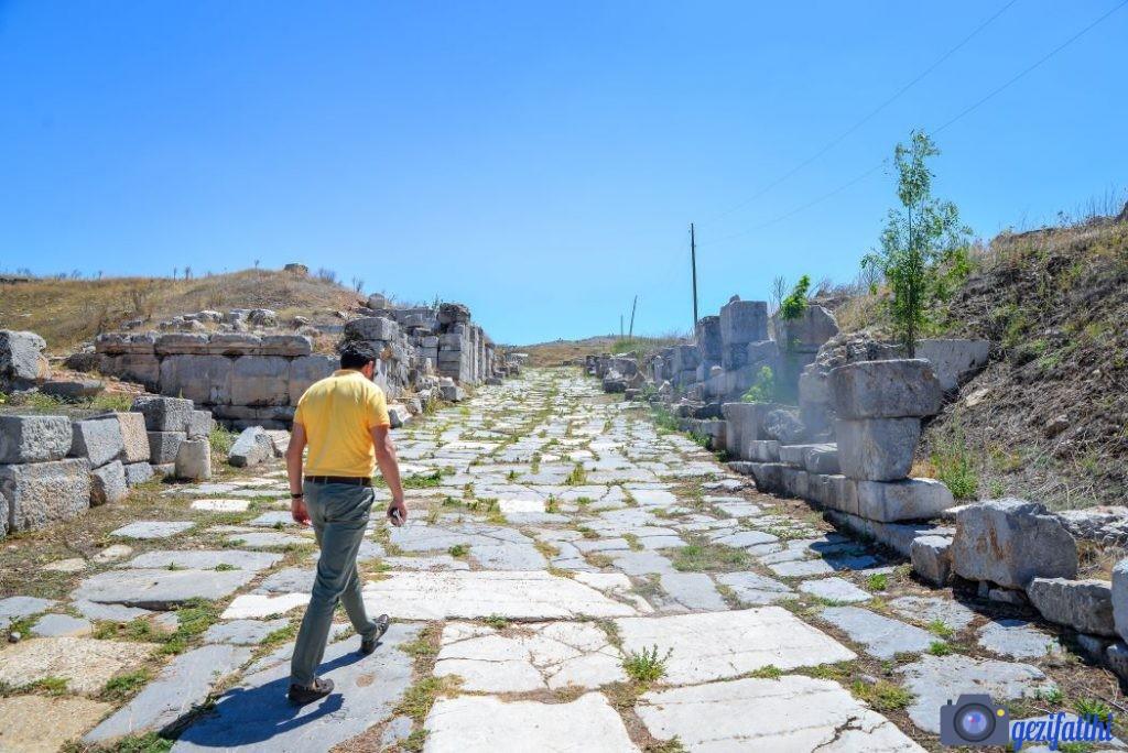 Pisidia Antiokheia Antik kenti ana caddesi