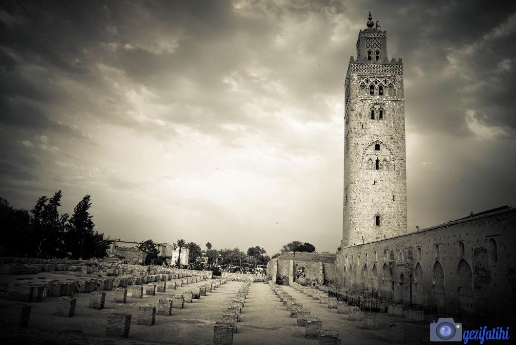 Minaresine Atla Çıkılan Cami Kutubiyye